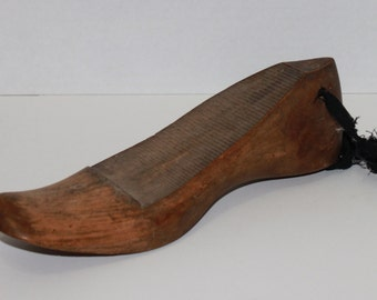 Vintage 1800s Wooden Shoe Form size 6 1/2