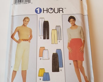 Simplicity 8740 Sewing Pattern Misses' Pants or Shorts and Skirt in Size L, XL (18, 20, 22, 24).
