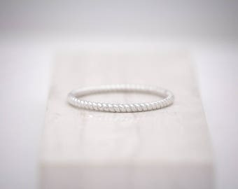 1.5mm Solid White Gold Twisted Rope Stackable Wedding Band 10k, 14k, 18k