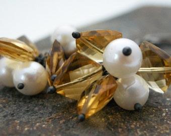 citrine earrings, pearl and cirine earrings, citrine gemstone earrings, birthstone earrings, dangle earrings, handmade earrings