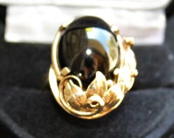 Vintage MING'S of Honolulu 14k Yellow Gold Black JADE RING