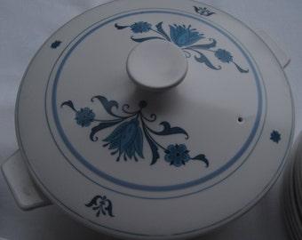 Blue Haven Covered Casserole, Noritake, Progression, 2 1/2 quart Casserole