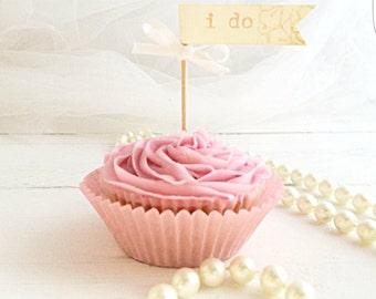 I do cupcake toppers cake picks set of 12