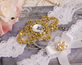 Gold Wedding Garter Set, Gold Bridal Garter Set, White Lace Garter, Stretch Lace Wedding Garter, Golden Garter Set, Personalized Garter