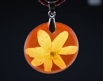 Transparent red leather choker, pressed flowers pendant, resin necklace, white forrest flower