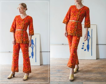 60s Shankar's orange, hot red, yellow floral Asian two-piece set | high waisted pants & three quarter sleeve tunic | SIZE SMALL