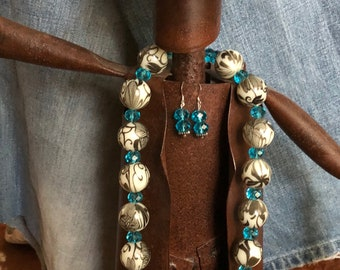 Decorative Necklace with Crystal Blue Beads.