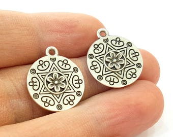 10 Silver Charms Antique Silver Plated Charms  (18mm) G7882