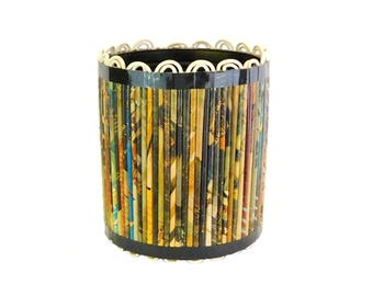 Vintage Metal Trash Can with Magazine Rolls and Scalloped Rim, Retro Craft, Waste Can