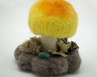Needle Felted Mushroom Autumn Decoration, Wool Mushroom