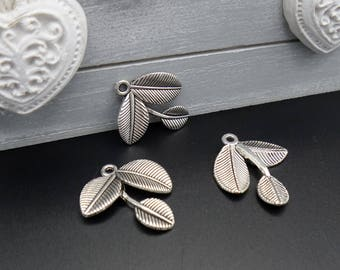 3 charms/pendants 3 branches leaves silver 26 mm x 24 mm