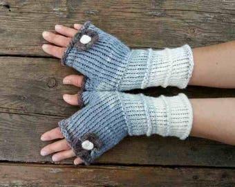Gray arm warmer knitted White fingerless mittens with crochet flower Fingerless gloves knit Warm winter woman gloves Girlfriend gift