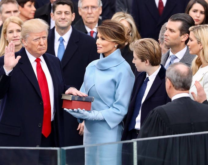 Donald Trump Is Sworn in as 45th President of the United States - 5X7, 8X10 or 11X14 Photo (ZY-722)