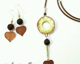 Ceramic pendant necklace, donut pendant necklace, olive green necklace, leather necklace, leaf necklace, bronze leaf necklace, agate jewelry