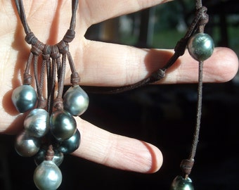 Tahitian pearls on leather, woman cluster necklace