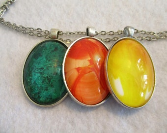 Set of 3 Cabochon PENDANTS with Necklace *** Bright Orange Green Yellow AGATE Patterns ROCKS