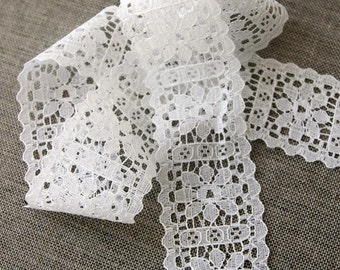 "Vintage lace trim, white floral lace, 1.5"" wide white bridal lace"