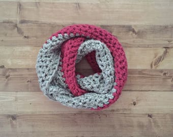 Crochet infinity scarf in raspberry & grey marble