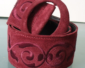Vintage Made in Italy Saks Fifth Avenue Embroidered Suede Belt Size M