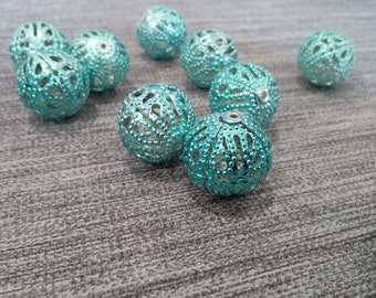 Very large Pearl filigree, green, blue, 18mm