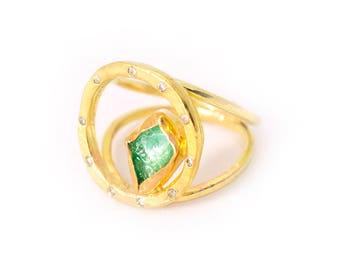 Sparkling Oceans | Raw Green Circle Ring