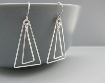 Triangle Earrings - silver geometric earrings inspired by art deco, minimalist simple modern jewelry, handmade from wire - Linked Up