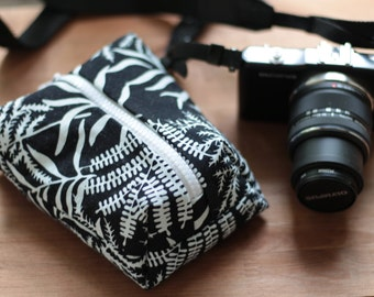 Compact Camera bag Lumix/Olympus/Canon/Nikon Padded Travel neck/shoulder/wrist case custom Colors pouch insert Zipper bag Her or Him