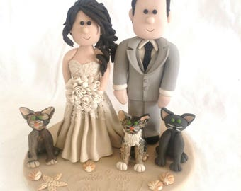 Custom Wedding Cake Topper with Cat, Cat Wedding Cake Topper, Kitty Cake Top, Wedding Figurines, Bride and Groom Cake Top, Kitties cake top