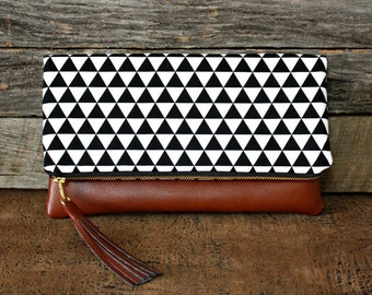 Foldover Clutch / Kindle Case / Faux Leather / Black Triangles
