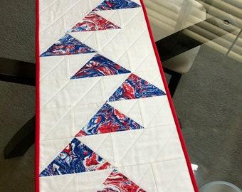 "Patriotic Table Runner/4th of July Table Runner/Reversible Table Runner/Quilted Table Runner/12 1/4"" x 39"""