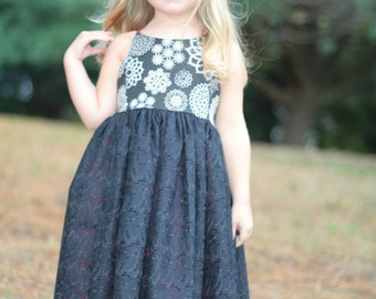 SALE*** Holiday Hourglass Christmas Dress 4t, Christmas dress, Black dress, Snowflake dress, Black and red dress