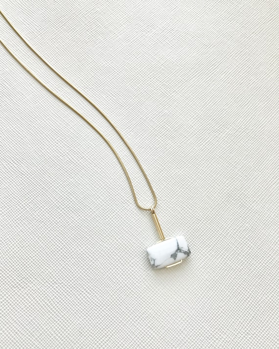 LAZLO necklace -  White Howlite