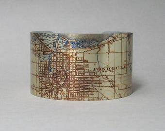 Fond Du Lac Wisconsin Map Cuff Bracelet Unique Gift for Men or Women