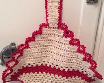 Vintage Crochet Hot Pad Holder, Pot Holder Holder, Red and White Kitchen, Retro Kitchen Decor