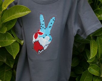 """T-shirt decorated with inlay """"too cool 1"""""""