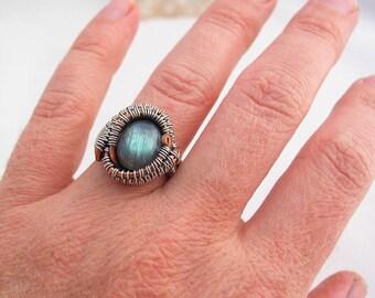 Labradorit Ring Handwerker Schmuckdraht umwickelt, Ring berauschenden Wire Wrap Ring Größe 6,5 Sterlingsilber und Kupfer