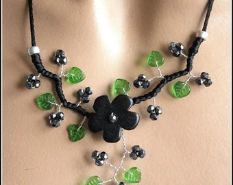 Black and Green Flower necklace