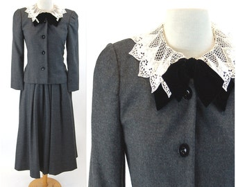 1980s wool suit skirt suit Albert Nipon gray suit lace collar velvet bow Size Small