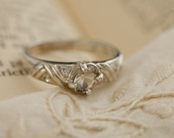 Oregon Sunstone in Sterling Silver Ring, Style VD