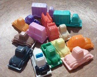 14 Miniature Toy Car Truck Plastic Vehicles Play Craft Party Favor Assemblage Supply Lot Game Piece Pieces (# 1555)