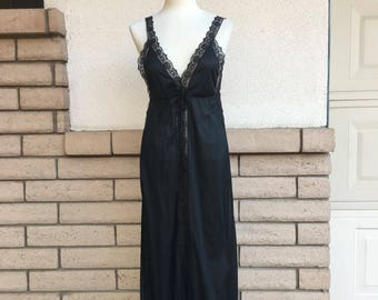 Vintage Black Lace Nightgown Dress Size Small-Medium