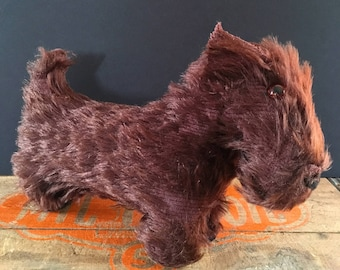 Antique stuffed toy Scottie, Scottish Terrier stuffed animal, toy terrier with glass eyes, vintage plush dog