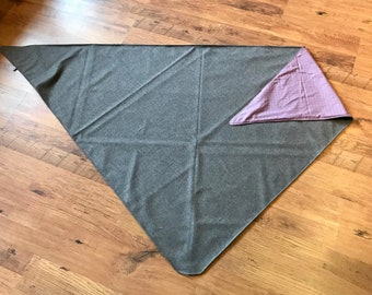 Large triangular cloth made of high quality Loden and cotton fabric
