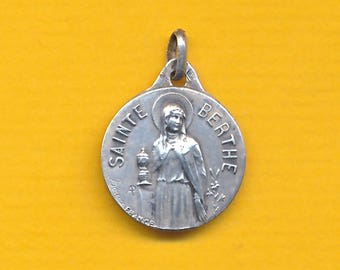 St Bertha vintage sterling silver charm religious medal pendant  (ref 1227)