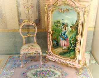 Pink carpet with flowers. Dollhouse Furniture