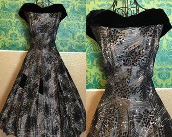 Vintage 1950s Dress - Grey & Black Taffeta New Look Dress - S
