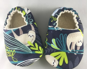 Baby shoes, Sloth baby shoes, rainforest baby shoes, baby boy shoes, baby shower gift, baby slippers, baby, soft sole baby shoes, crib shoes