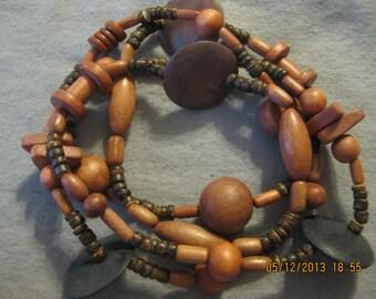 ON SALE: Fabulous Wood Necklace