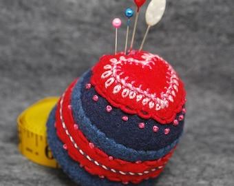 IN STOCK free ship - Heartthrob Bottlecap Pincushion