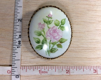 Vintage Pin Brooch Gold Tone Porcelain Pink Rose Green Stems Leaves Used